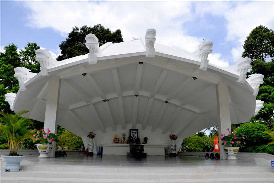 The relic Nguyen Sinh Sac - Uncle Ho's birth - is located in Cao Lanh city, Dong Thap province.  Photo: Luc Tung
