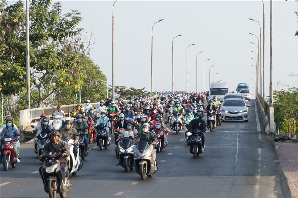 From Binh Trieu Bridge to the center of Ho Chi Minh City, there is no congestion.
