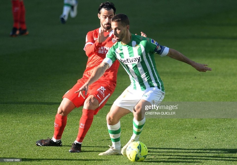 10. Sergio Canales (Tiền vệ - Real Betis): 7 bàn thắng